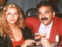 Sergio dona il CD a Ramona Dell'Abate